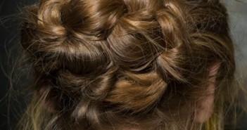 9 kiểu tóc búi đẹp hấp dẫn đang thịnh hành nhất hiện nay 14