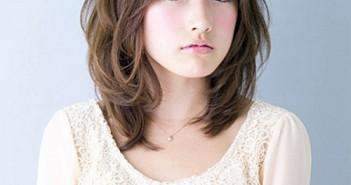 Các kiểu tóc ngắn xoăn nhẹ đẹp siêu dễ thương tạo nên một trào lưu mới trong giới trẻ 9