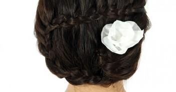 Hướng dẫn cách tết tóc búi sau đẹp cho những nàng sở hữu mái tóc ngang vai 8
