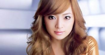 Kiểu tóc uốn xoăn kết hợp với mái lệch đẹp dịu dàng cho mọi người 14
