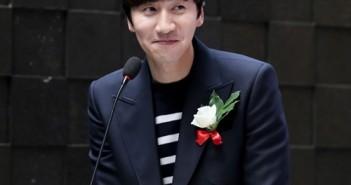 """Những kiểu tóc đẹp của chàng """" Hoàng tử châu Á"""" làm các fans say đắm 4"""