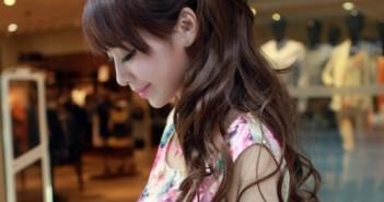 Những kiểu tóc xoăn dài buộc cao đẹp long lanh cho các nàng tỏa sáng 1