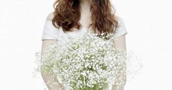 Tổng hợp những kiểu tóc xoăn cho cô dâu trong ngày cưới thêm dịu dàng đằm thắm 11