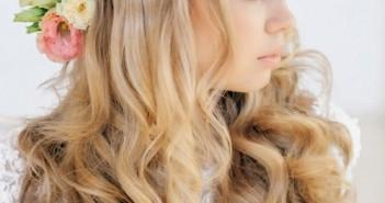 Kiểu tóc cô dâu buộc nữa đầu đẹp lãng mạn bạn gái nên chọn trong đám cưới của mình 2