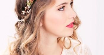 Kiểu tóc cô dâu đẹp với mái tóc xoăn quyến rũ luôn ấn tượng trong mọi thời đại 12