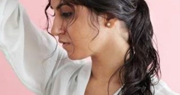 Cách tạo kiểu cho tóc ướt đẹp quyến rũ dịu dàng phù hợp với các nàng công sở 8