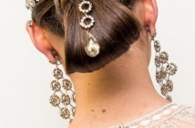 Kiểu tóc cô dâu đẹp cho mùa hè ấn tượng quyến rũ nhất 2